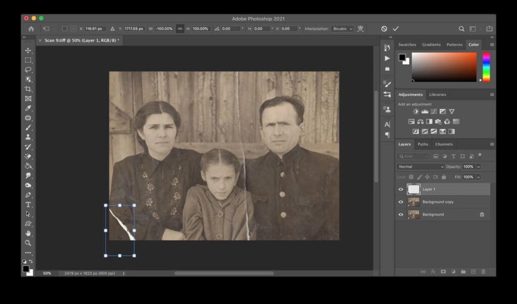 Repairing Torn Photos Using Photoshop